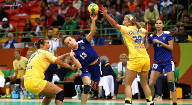 Deporte Pregunta Trivia: ¿Qué jugador de balonmano puede tocar la pelota con cualquier parte de su cuerpo para detenerla?