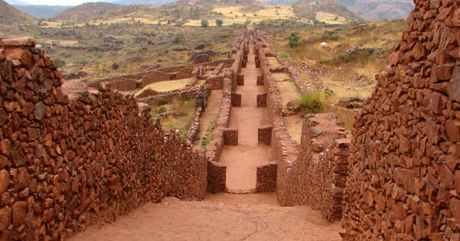 History Trivia Question: Which political formation emerged around AD 600 in the central highlands of Peru?
