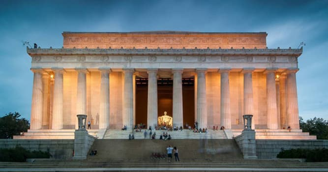 what do the 36 columns of the lincoln memorial represent