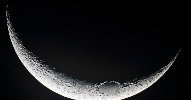 Science Trivia Question: What is a line that divides the daylit side and the dark night side of the Moon called?
