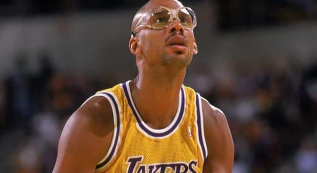Deporte Pregunta Trivia: ¿Con qué nombre inició su carrera el basquetbolista Kareem Abdul-Jabbar?
