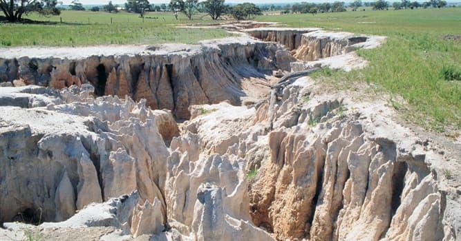 Сiencia Pregunta Trivia: ¿Cuál es el proceso geológico en el que el suelo de la tierra es barrido progresivamente?