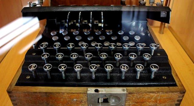 Historia Pregunta Trivia: ¿En qué año se patentó Enigma, la máquina usada por los alemanes para encriptar sus mensajes?