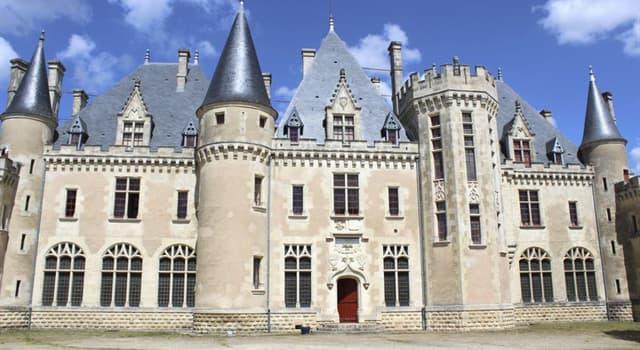Cultura Pregunta Trivia: ¿Qué autor escribió su obra en la torre de su propio castillo?