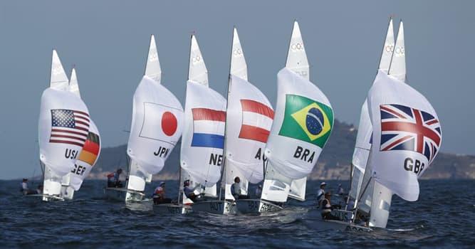 Deporte Pregunta Trivia: ¿Qué forma tiene el recorrido sobre el que se corren las regatas a vela olímpicas?