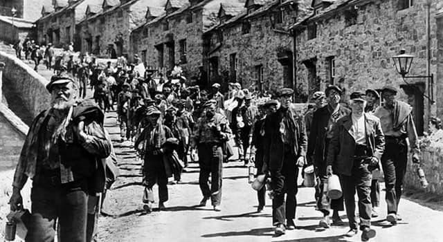 Películas y TV Pregunta Trivia: ¿Qué película dirigida por John Ford en 1941 trató sobre la vida de los mineros galeses?
