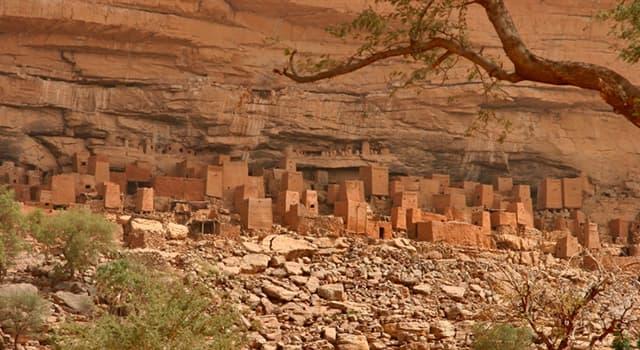 Sociedad Pregunta Trivia: ¿Qué tribu habita en los acantilados de Bandiagara, en Mali?
