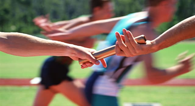 Deporte Pregunta Trivia: ¿En qué competencia el corredor debe soltar el testigo y pasarlo al otro corredor en una zona determinada?