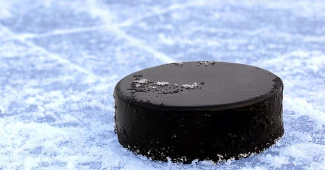 Deporte Pregunta Trivia: ¿De qué está hecho el disco del hockey sobre hielo?