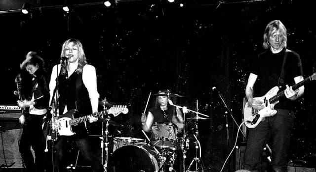 Cultura Pregunta Trivia: ¿Cómo se llamaba la banda musical liderada por Courtney Love?