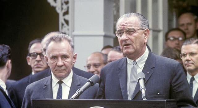Historia Pregunta Trivia: ¿Dónde se celebró una cumbre entre Alexéi Kosiguin y Lyndon B. Johnson en el verano de 1967?