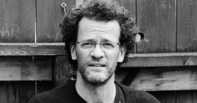 Gesellschaft Wissensfrage: In welchem Land wurde der Schriftsteller Yann Martel geboren?