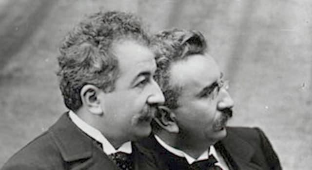 Películas y TV Pregunta Trivia: ¿Qué acontecimiento grabaron las cámaras de los hermanos Lumière en 1898 en España?