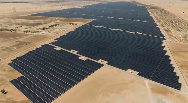 Sociedad Pregunta Trivia: ¿En qué país se puso en funcionamiento en 2019 la planta de energía solar más grande del mundo en ese momento?