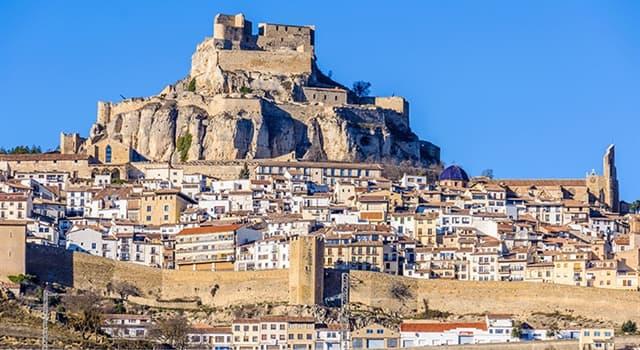Geografía Pregunta Trivia: ¿En qué país se ubica el pueblo medieval de Morella?