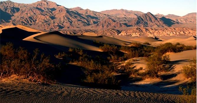 Geografía Pregunta Trivia: ¿Por qué estados de EE. UU. se extiende el parque nacional del Valle de la Muerte?