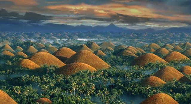 """Geografía Pregunta Trivia: ¿Cuál es el número de formaciones rocosas conocidas como """"Las Colinas de Chocolate"""" en Filipinas?"""