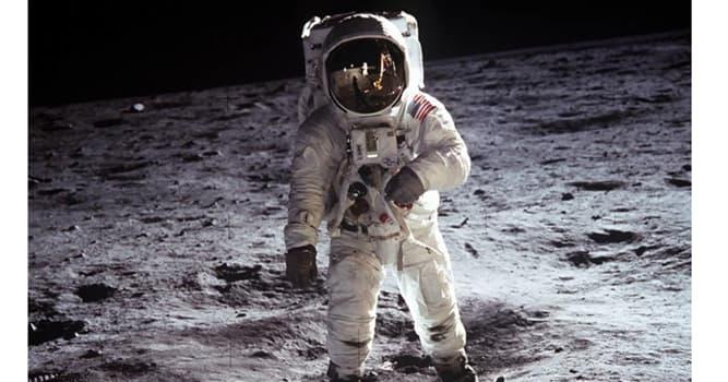 Сiencia Pregunta Trivia: ¿Qué objeto plantaron en la superficie de la luna los astronautas estadounidenses?